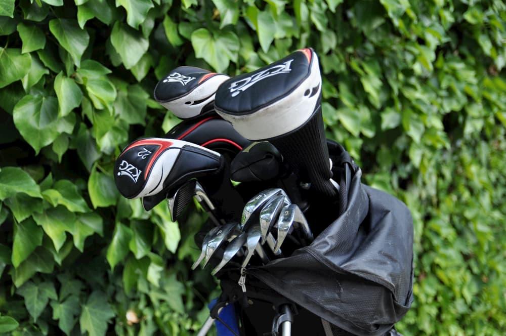 Composición de la bolsa de golf, ¡una gran idea para «hacer pocas»!